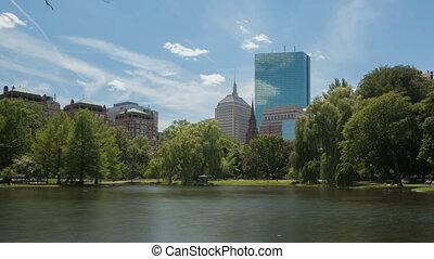 Time lapse Boston Public Garden - Time lapse zoom out pond...