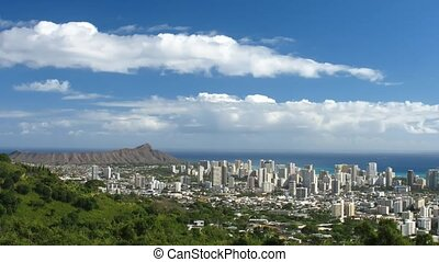 Waikiki - Time lapse Clouds over Waikiki, Ohau, Hawaii