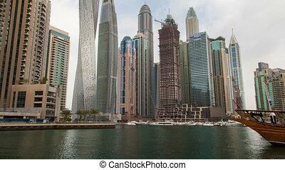 Time lapse Dubai Marina. pan up