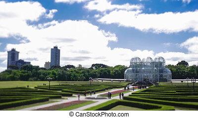 Time-Lapse video of Botanical Gardens, in Curitiba, Parana, Brazil.