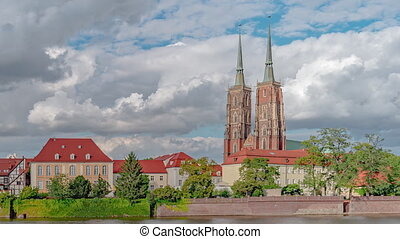 Time Lapse of Cathedral Baptist in Wroclaw - Time Lapse of ...