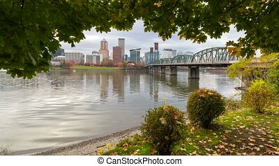 Time lapse of Portland OR city skyline and Hawthorne bridge...