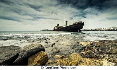 sunken ship - Time lapse of sunken ship