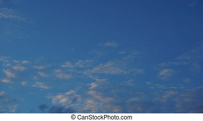 Time lapse Rolling Clouds mover sky background