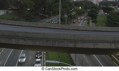 Time lapse Traffic Sao Paulo zoom