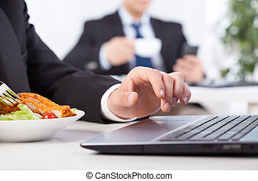 Time to eat in the office