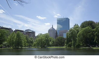 Timelapse Boston Public Garden zoom - Time lapse zoom in...