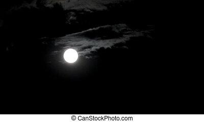 timelapse, met, maan, verhuizing, tussen, wolken