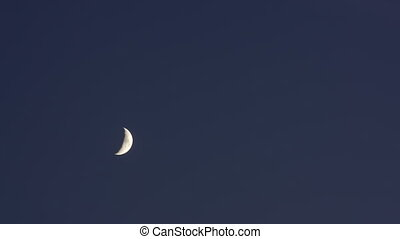Timelapse New Moon Sky - Timelapse with new moon moving on...