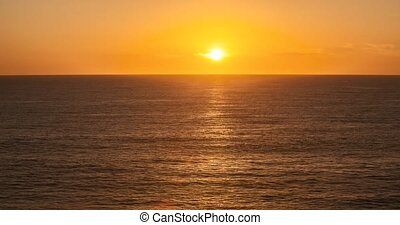 timelapse, océan coucher soleil