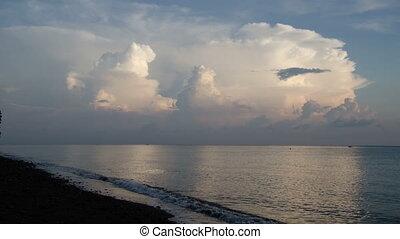 timelapse of huge cumulus cloudes
