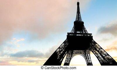 Timelapse of sunset Paris sky - TIME LAPSE: Summer red sky...
