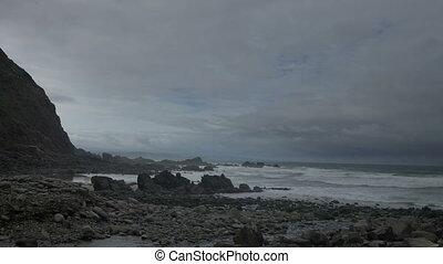 timelapse of the stunning and dramatic coastline at duckpool...