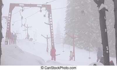 Timelapse ski drag lifts - Time Lapse ski lifts for skiers...