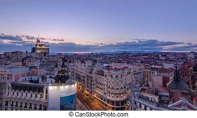 Timelapse, Stadt, Metropole, über, Luftaufnahmen, Spanien, Nacht, Tag, panoramisch,  Skyline,  Cityscape,  gran, Hauptstadt, altes, Europa, Gebäude, Ansicht