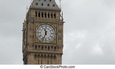 timelapse, von, big ben, in, london, mit, verkehr, straßen