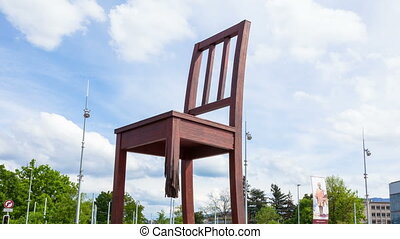 4K Timelaspe of the Geneva broken chair in front of the united nation building - Peace symbol - Switzerland
