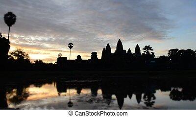 timelaspe of sunrise over angkor wa