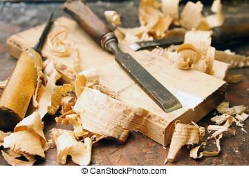 timmerbank, hout, oud, beitels, shavings