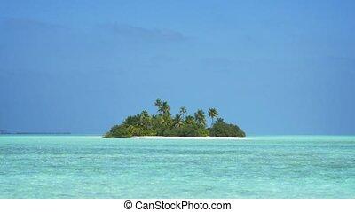 Tiny Tropical Island in the Exotic Maldives - Tiny exotic ...