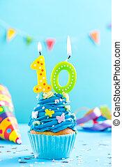 tionde, 10, födelsedag, cupcake, med, candle., kort, mockup.