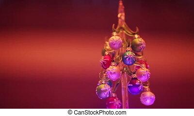 Tip Christmas tree - Decorated with shiny balls Christmas...