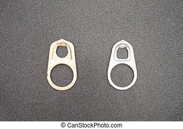 tirata, anello, apribottiglie, lattine, fondo
