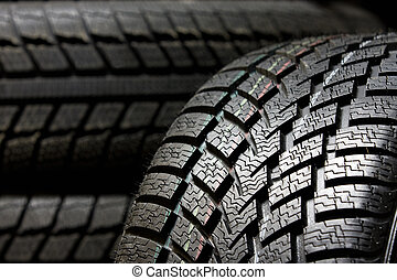 Tire tread in a macro mode