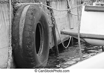 tires at the port