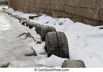 tires in the snow