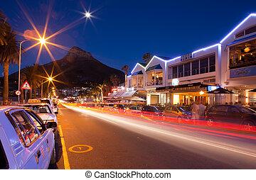 tiro, capms, bahía, calle, noche, montañas.