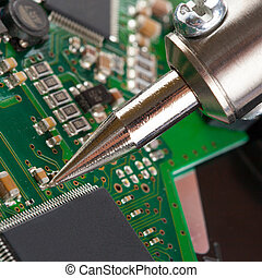 tiro, -, microcircuito, closeup, ferro, soldering, estúdio