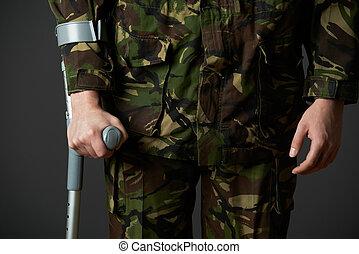 tiro, muleta, soldado, estúdio, usando, ferido