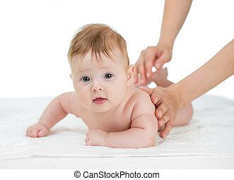 tiro, obtendo, estúdio, fundo, bebê, branca, massagem