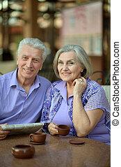 tisch, ältere paare, sitzen
