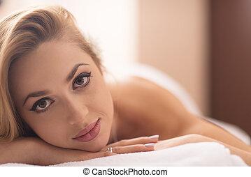 tisch, frau, liegende , massage