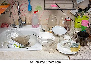 tisch, kueche , altes , geschirr, ungewaschen