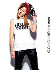 tissu, look., hipster, lèvres, beanie, mode, fascination, beau, élevé, modèle, femme, rouges, coloré, élégant, jeune