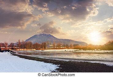 tisza, rio, em, inverno, em, pôr do sol