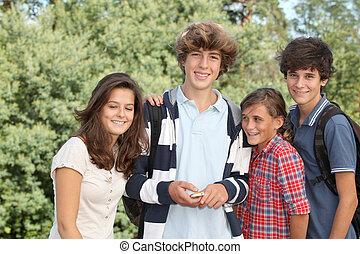 tizenéves kor, után, csoport, izbogis
