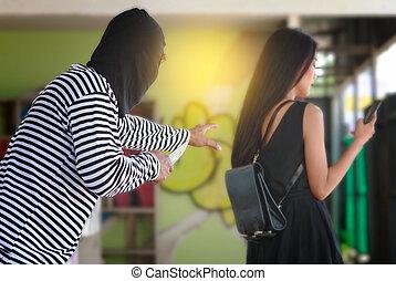 tjuv, stöld, a, plånbok, från, a, kvinna, väska, på streeten