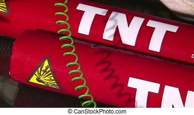 TNT, cutting green wire