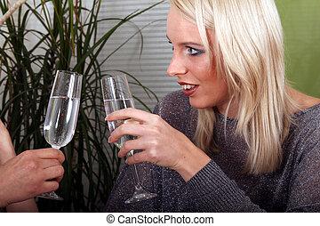 toast, boire, filles anniversaire, deux