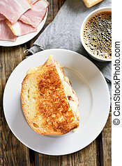 Toast sandwich with cheese