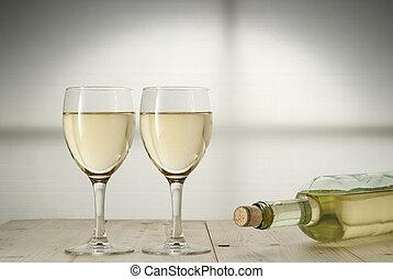 Toast wine