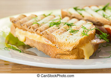 toast with cheese