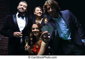 toasten, leute, roulett, kasino, vier, champagner