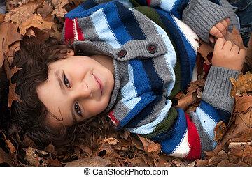 toddler, folheia, feliz