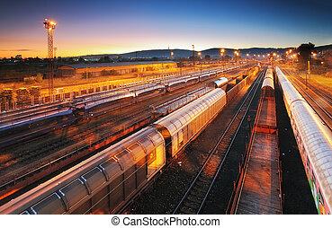 tog, fragt transport, platform, -, last, gennemrejsen