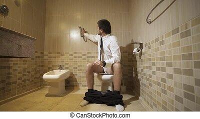 toilette, séance, thinking., toilettes, 4k, homme